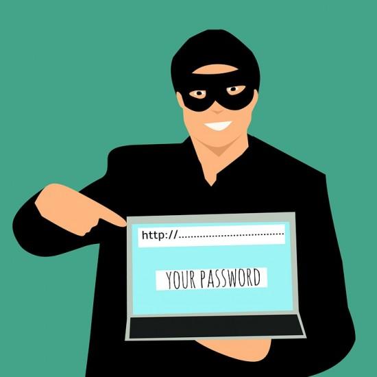 Google ostrzega firmy przed atakami phishingowymi wspieranymi przez rządy