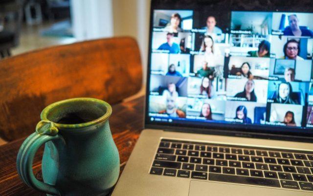 Zoom w sypialni: nowa metoda cyberwymuszeń | csk.com.pl
