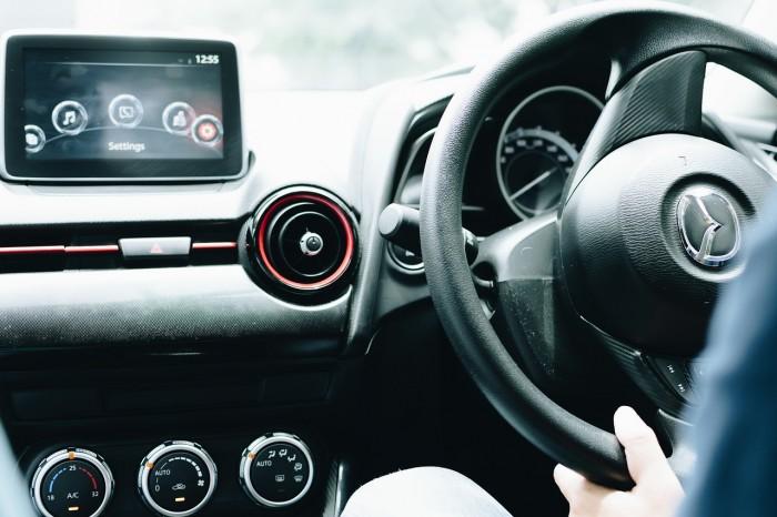 Inteligentne samochody narażone na atak